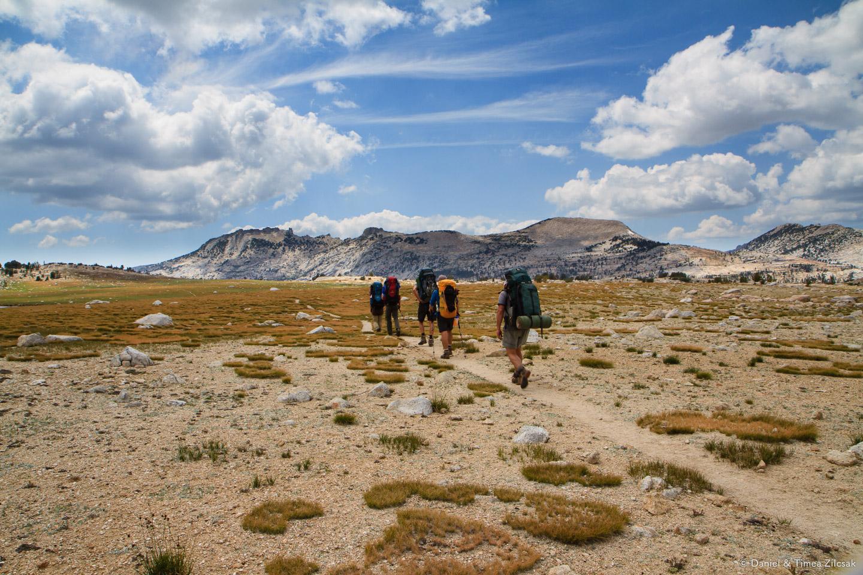 Backpacking towards Vogelsang Camp, Yosemite National Park