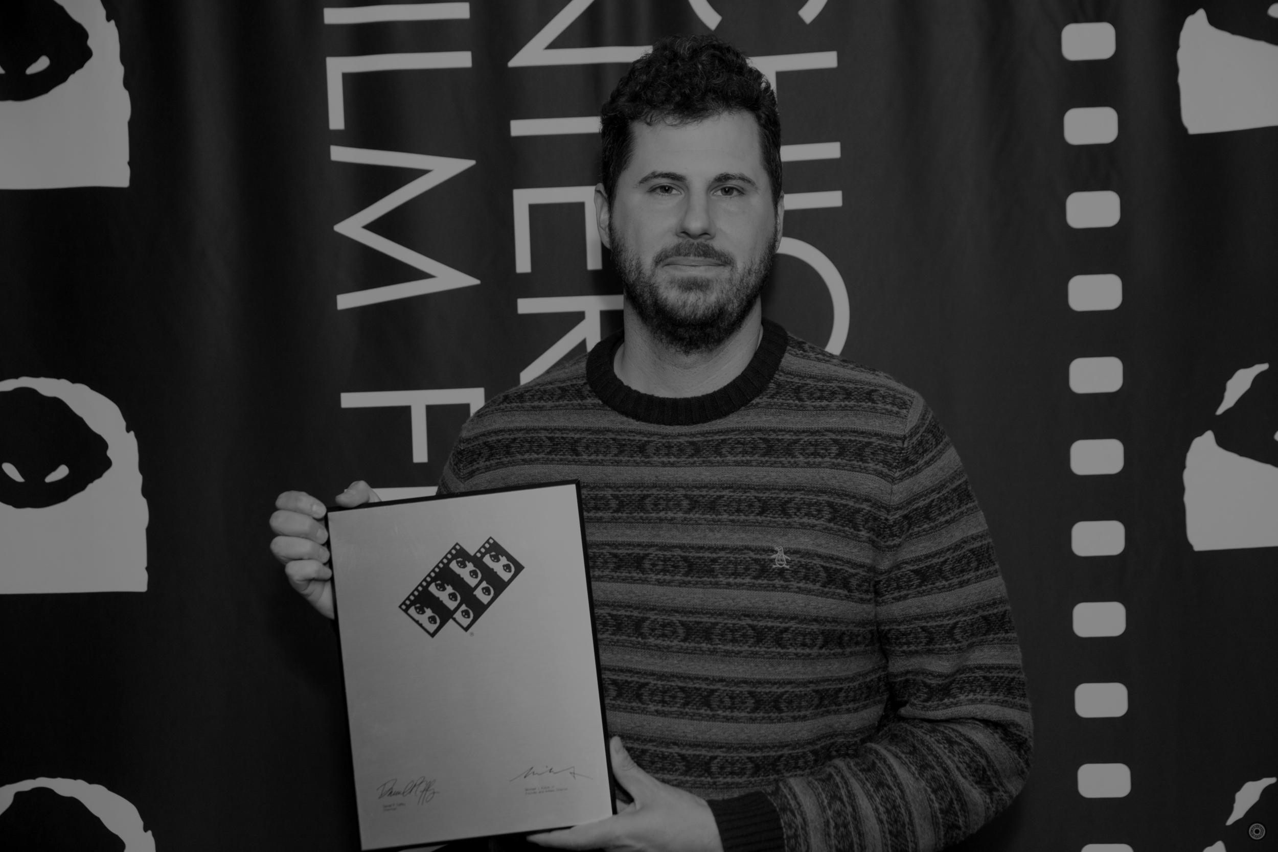 - ALROJO FILMS WAS FOUNDED BY MIKE PAULUCCI IN 2007 AS THE LEGAL ENTITY THAT PRODUCED HIS NARRATIVE FILMS. SINCE THEN, IT HAS BECOME A FULL FLEDGED PRODUCTION COMPANY FROM CONCEPT THROUGH COMPLETION, CREATING COMPELLING MEDIA FOR SOME OF THE BIGGEST BRANDS IN THE WORLD.*PAULUCCI, PICTURED HERE HOLDING A BLANK PLAQUE.WE CAN'T WAIT TO HEAR FROM YOU.
