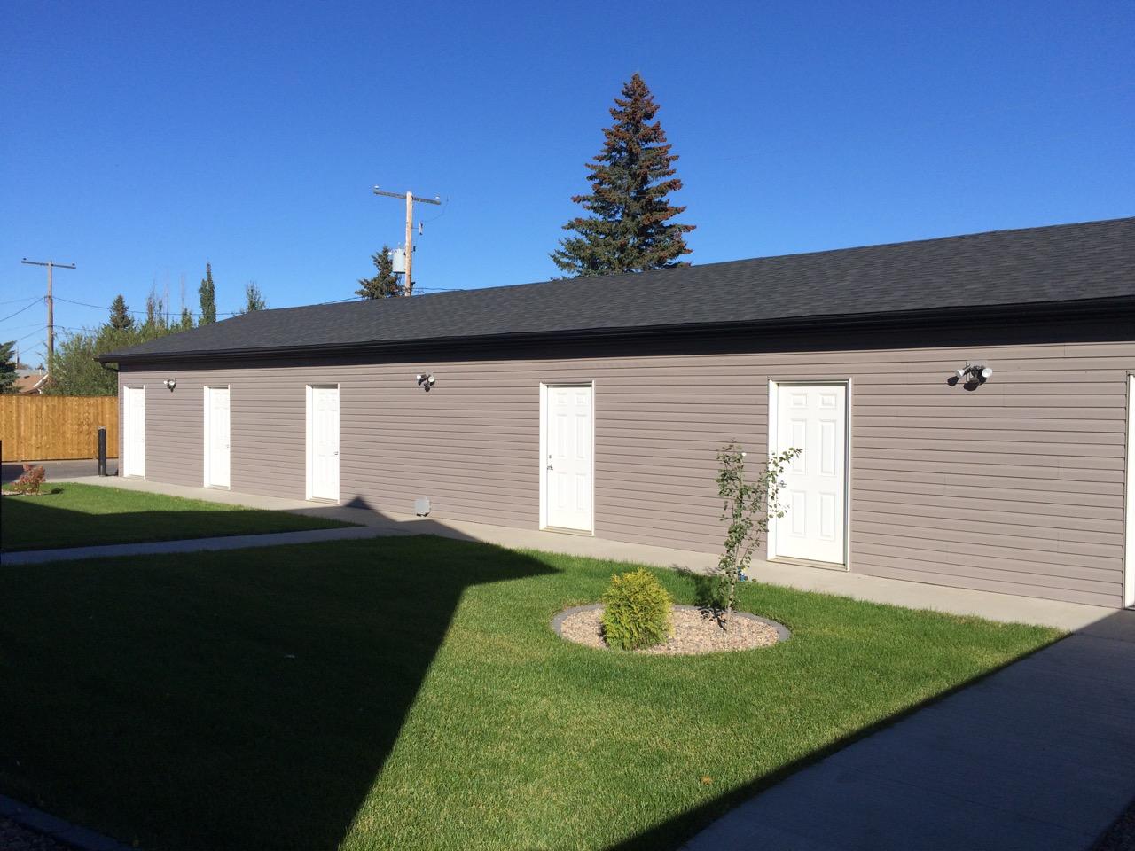 110 Centennial Garage.jpg