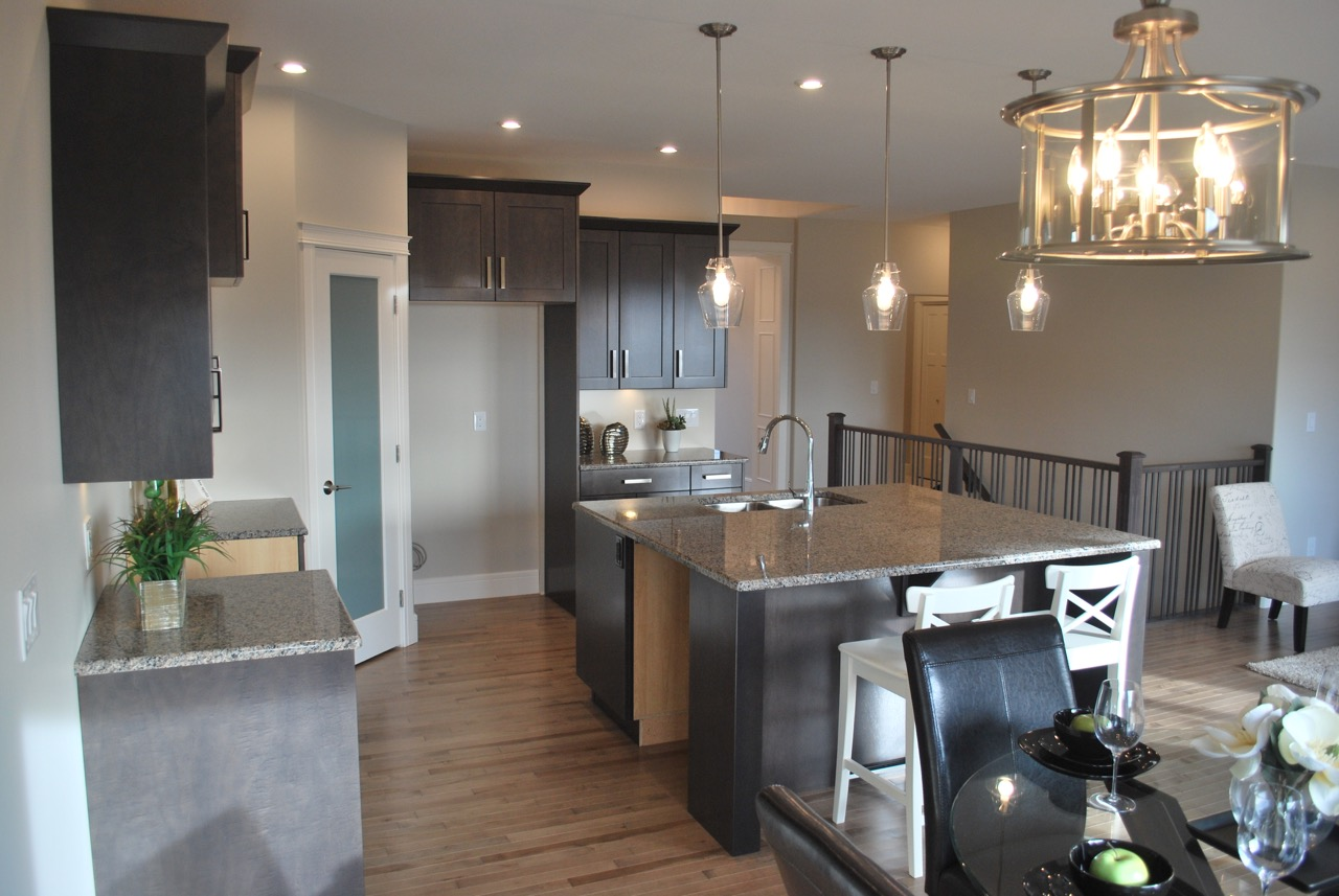 609 Casper Kitchen 4.jpg