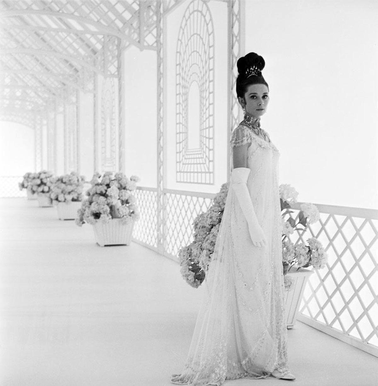 audrey-hepburn-1964-my-fair-lady-eliza-doolittle-dvdbash12.jpg