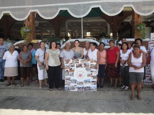 Julio 2011. Vajillas donadas por ANFORA en La Antigua.