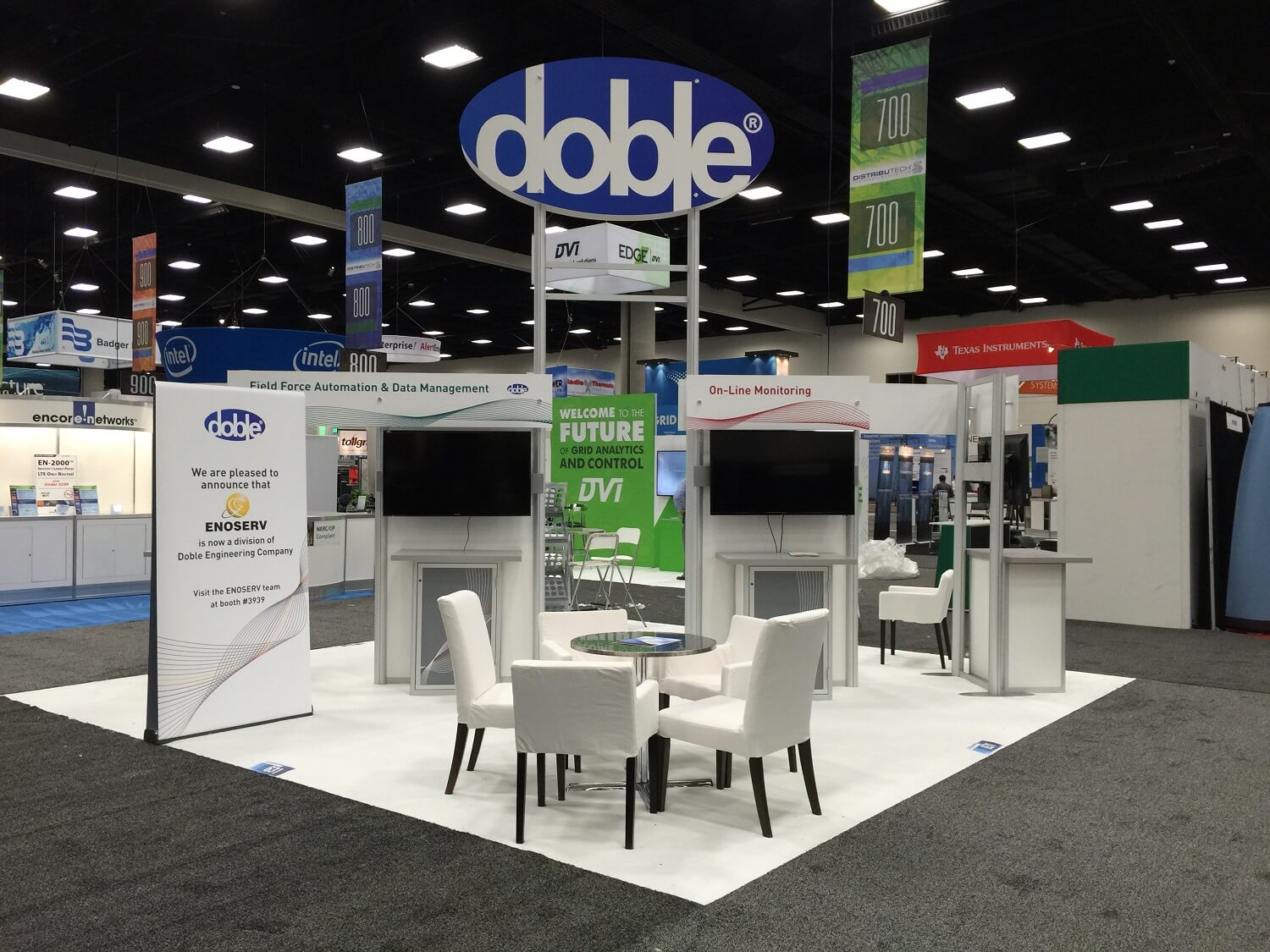 Doble booth resize.jpg