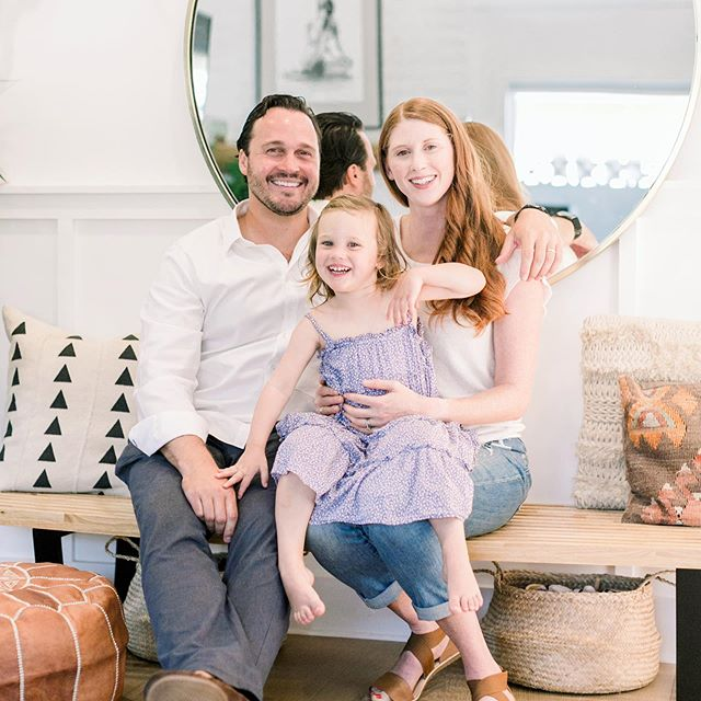 Big shoutout to @chloemoorephotography.  Thank you for capturing our little family! 😍 (check out her insta - she's amazing!) . . . . . . . #family #familyportraits #dailyparenting #mommylife #healthyfamily #parenting #kids #instakids #toddlers #healthyhabits #mommyandme