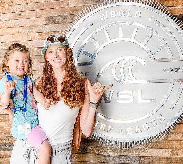 Living the dream today! So cool to check out the @wsl office today! C was really struggling 🤙🏻🤙🏻😂 We'll have to work on that! Thanks for showing me around @_bri_bri_duell! . . . . . #geekingout #surf #california #santamonica #livingthedream #thankyou