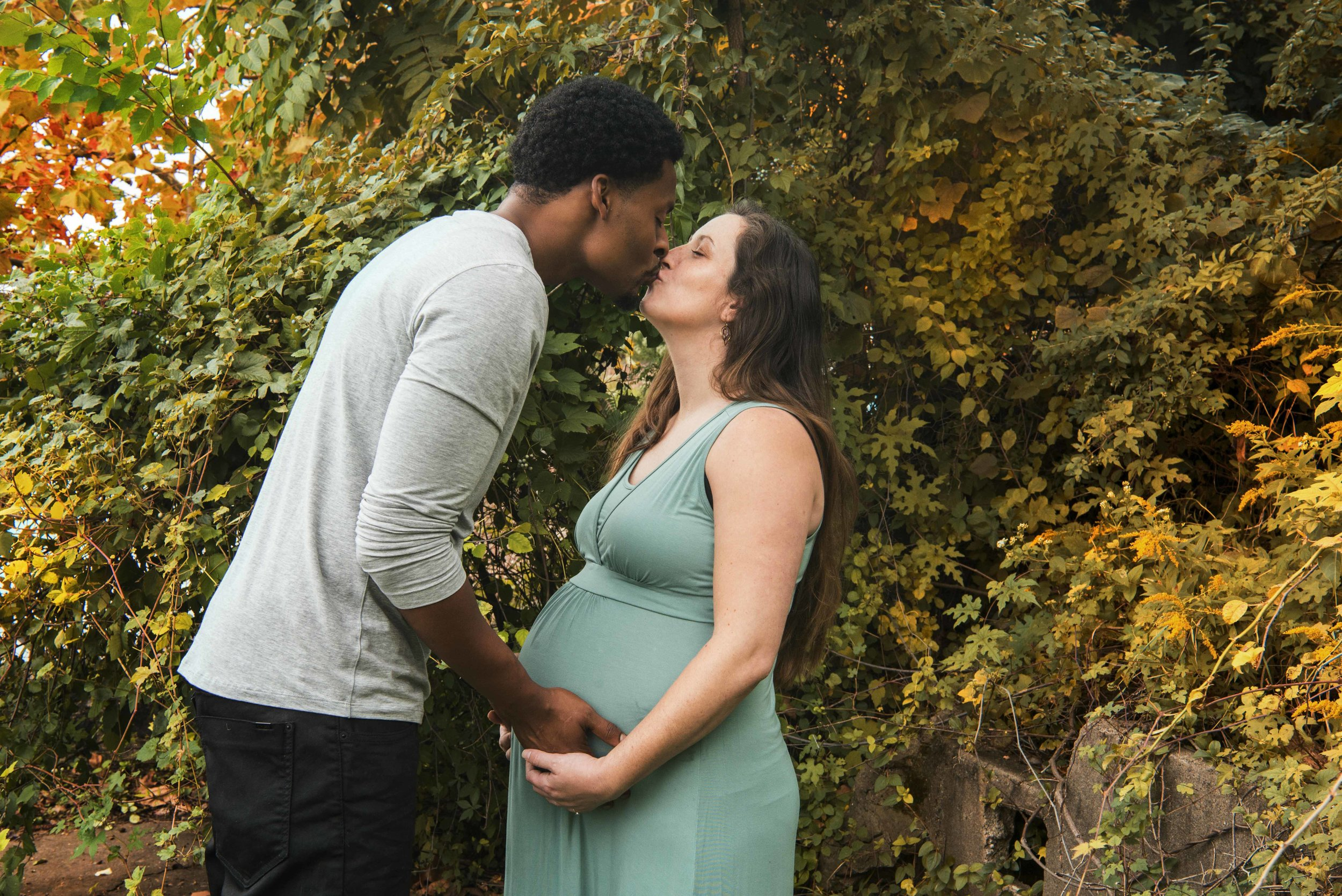 Katie-and-Lee-Maternity-Brittany-Petronella-DSC_5877 copy07.jpg