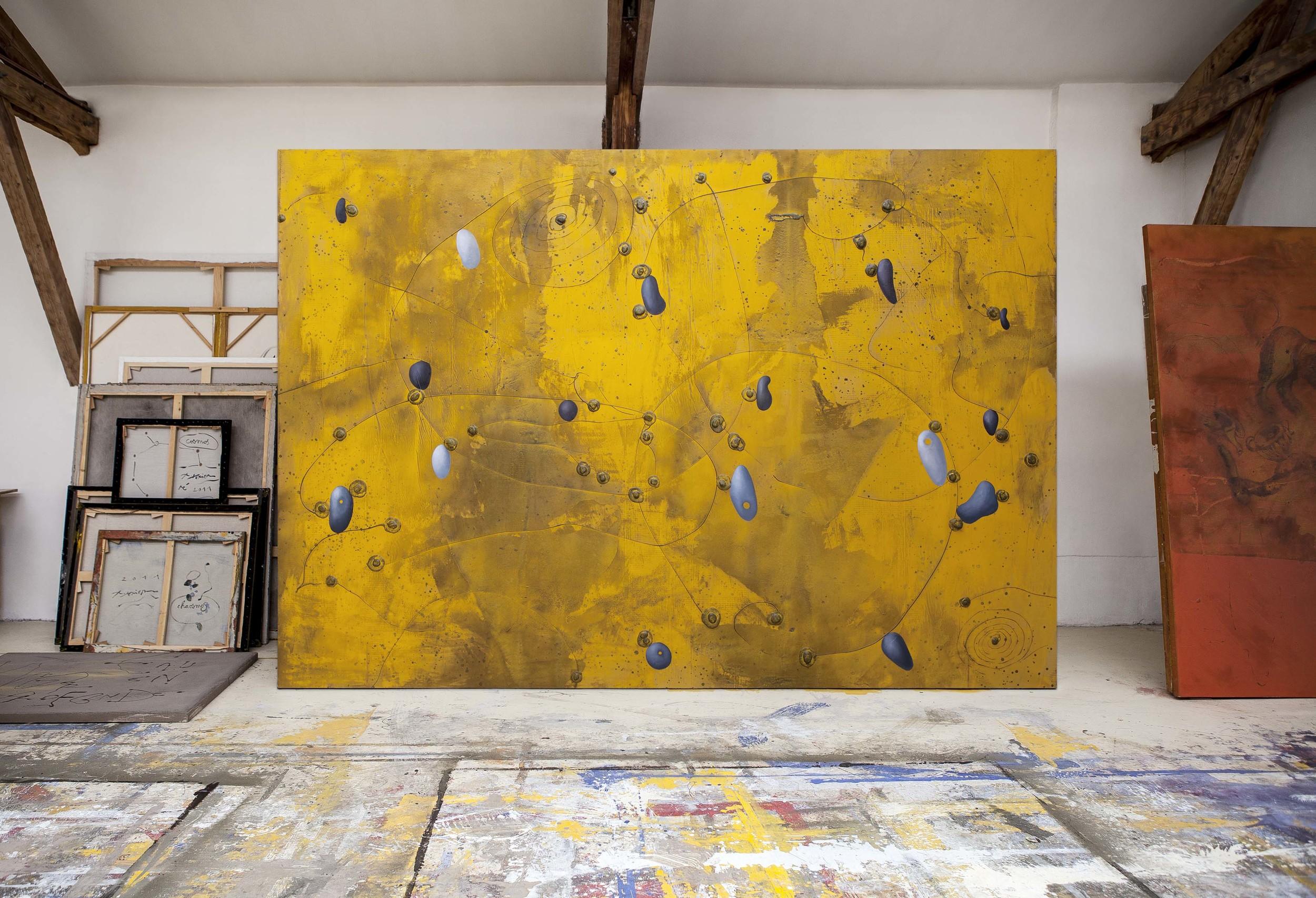 Richard Texier painting in Workshop