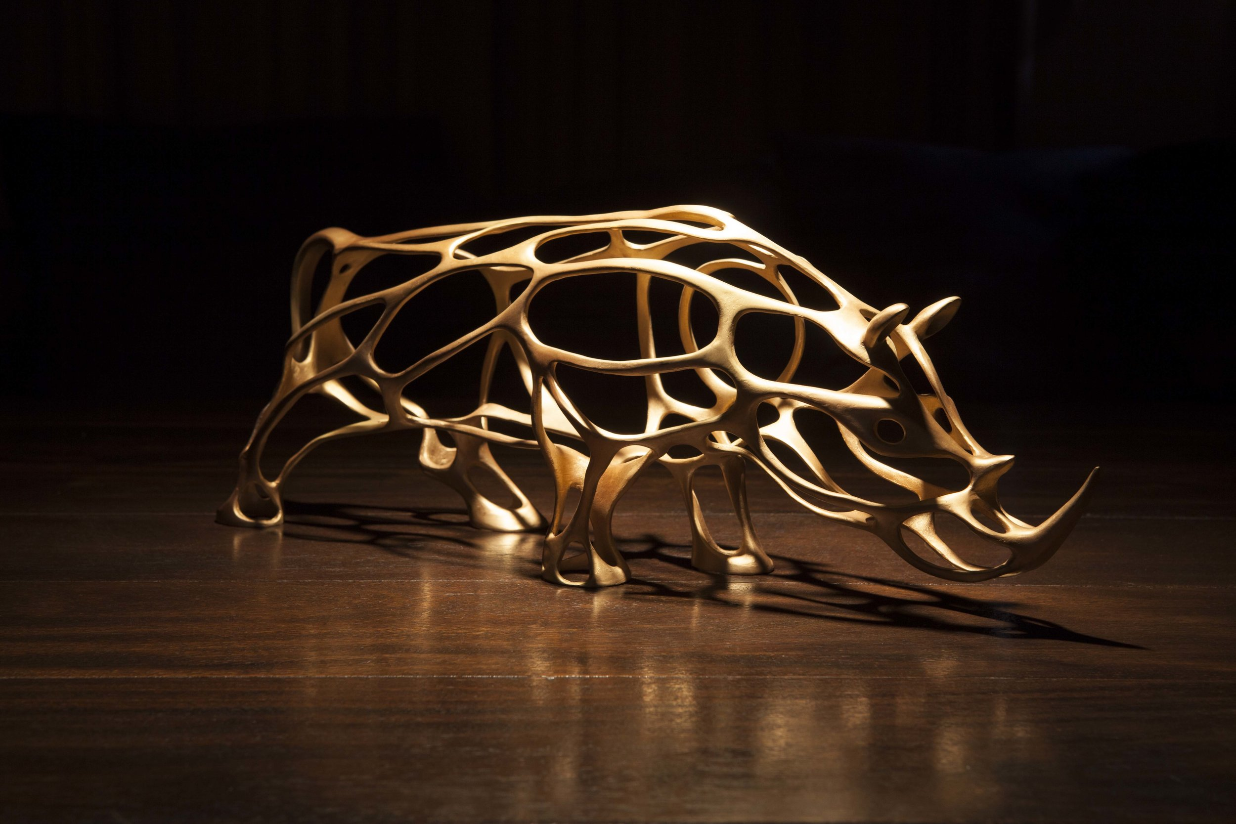 Richard Texier - Esprit de conquete en bronze -21 x 55 x 14cm -doré .jpg