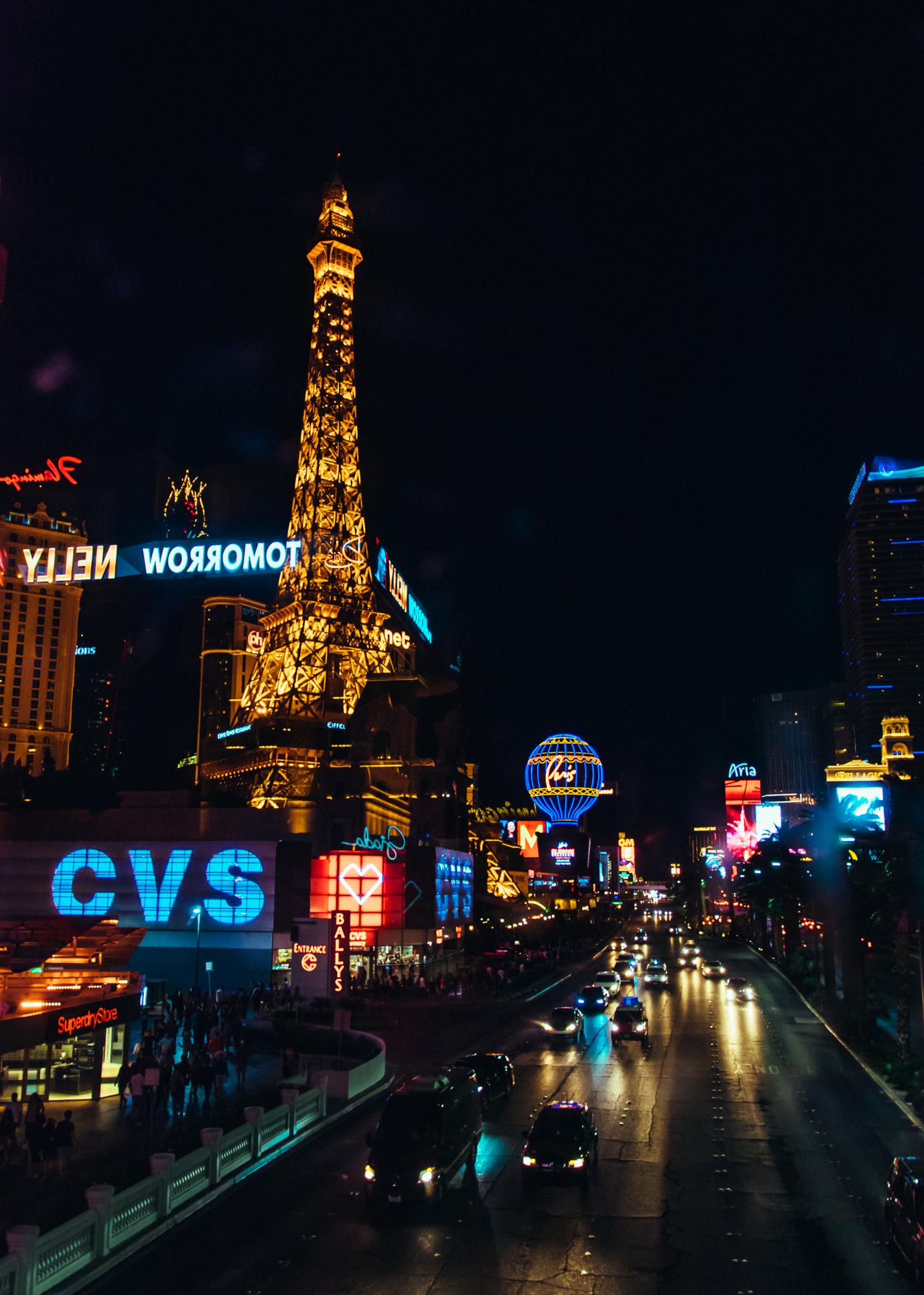 Las Vegas Nevada USA | A Beautiful Distraction by Ruo Ling Lu