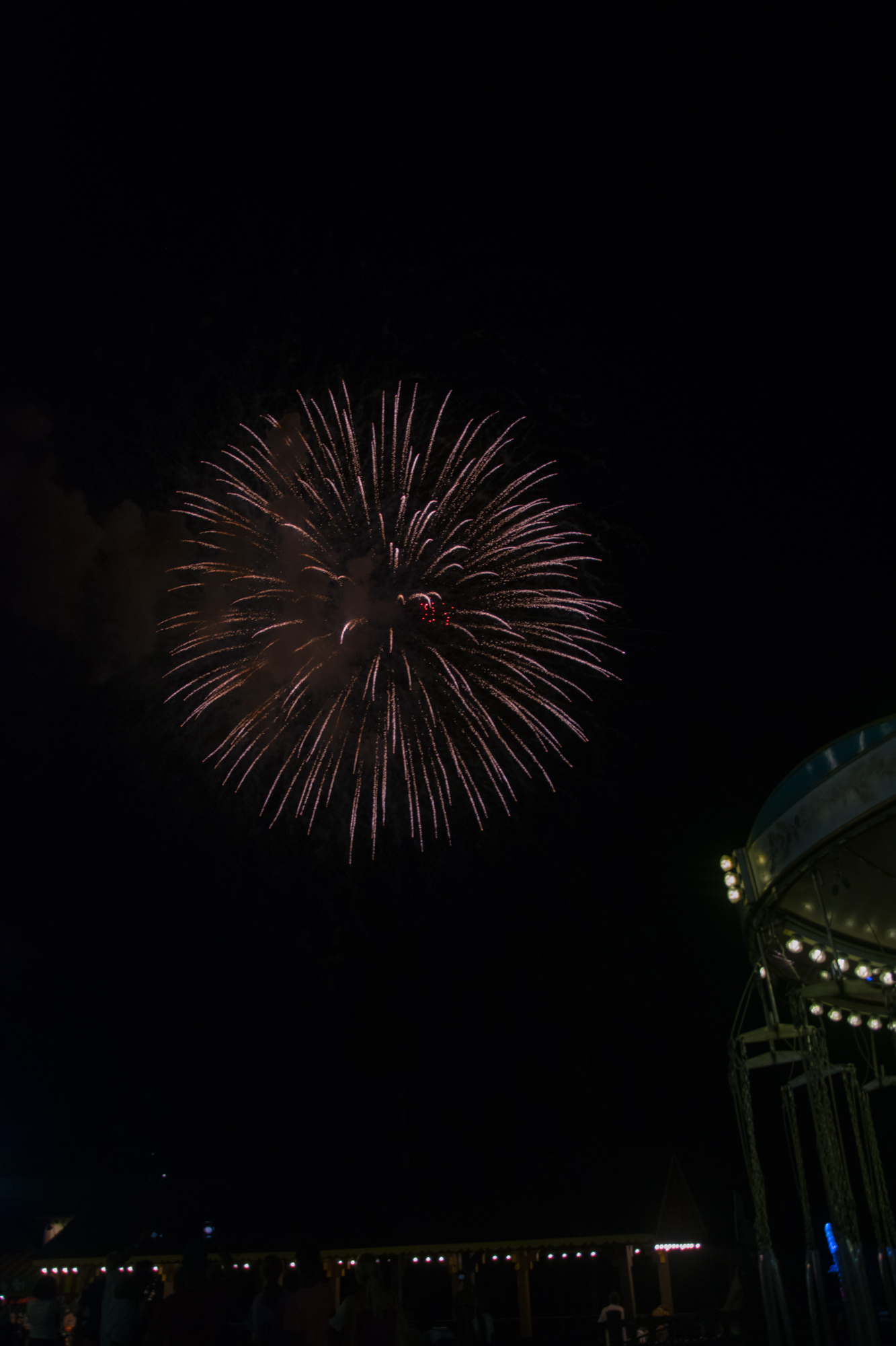 national day firework show at Busch Gardens Williamsburg. pretty much sums up my time in Williamsburg—short but brilliant. :)