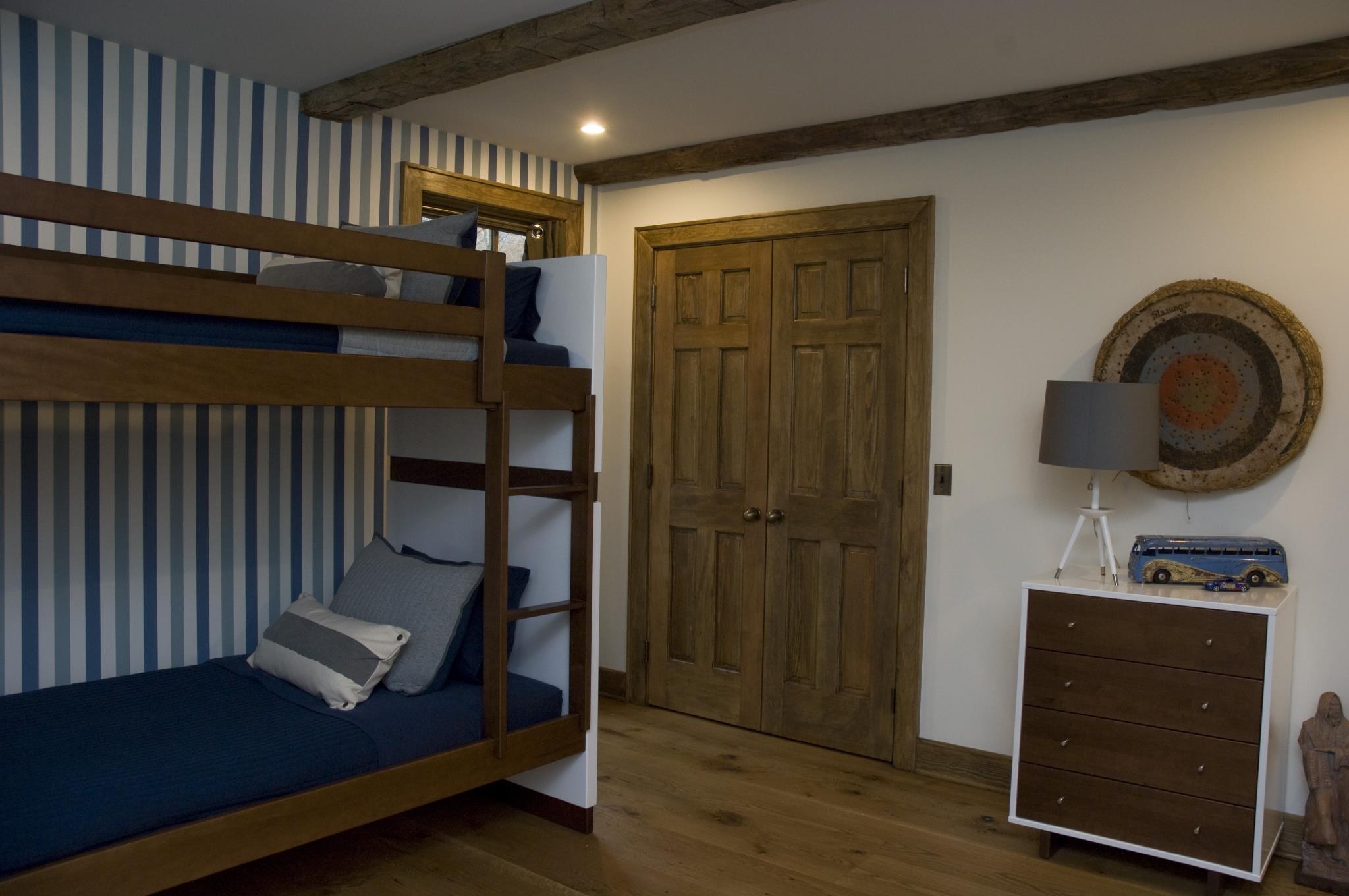 dennis-schorndorf-barn-restoration-bunk-beds