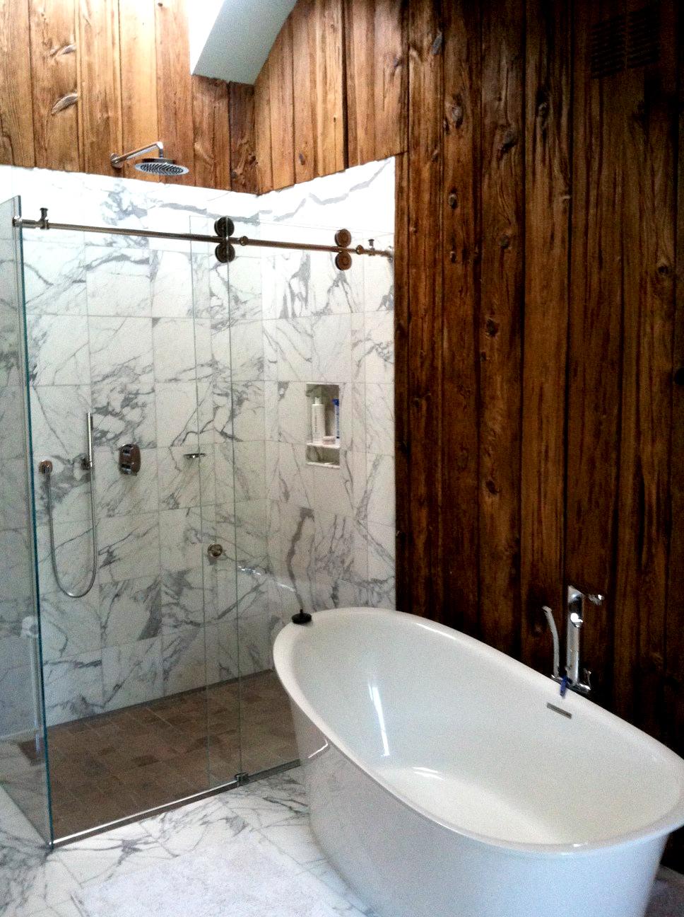 wood-marble-bathroom