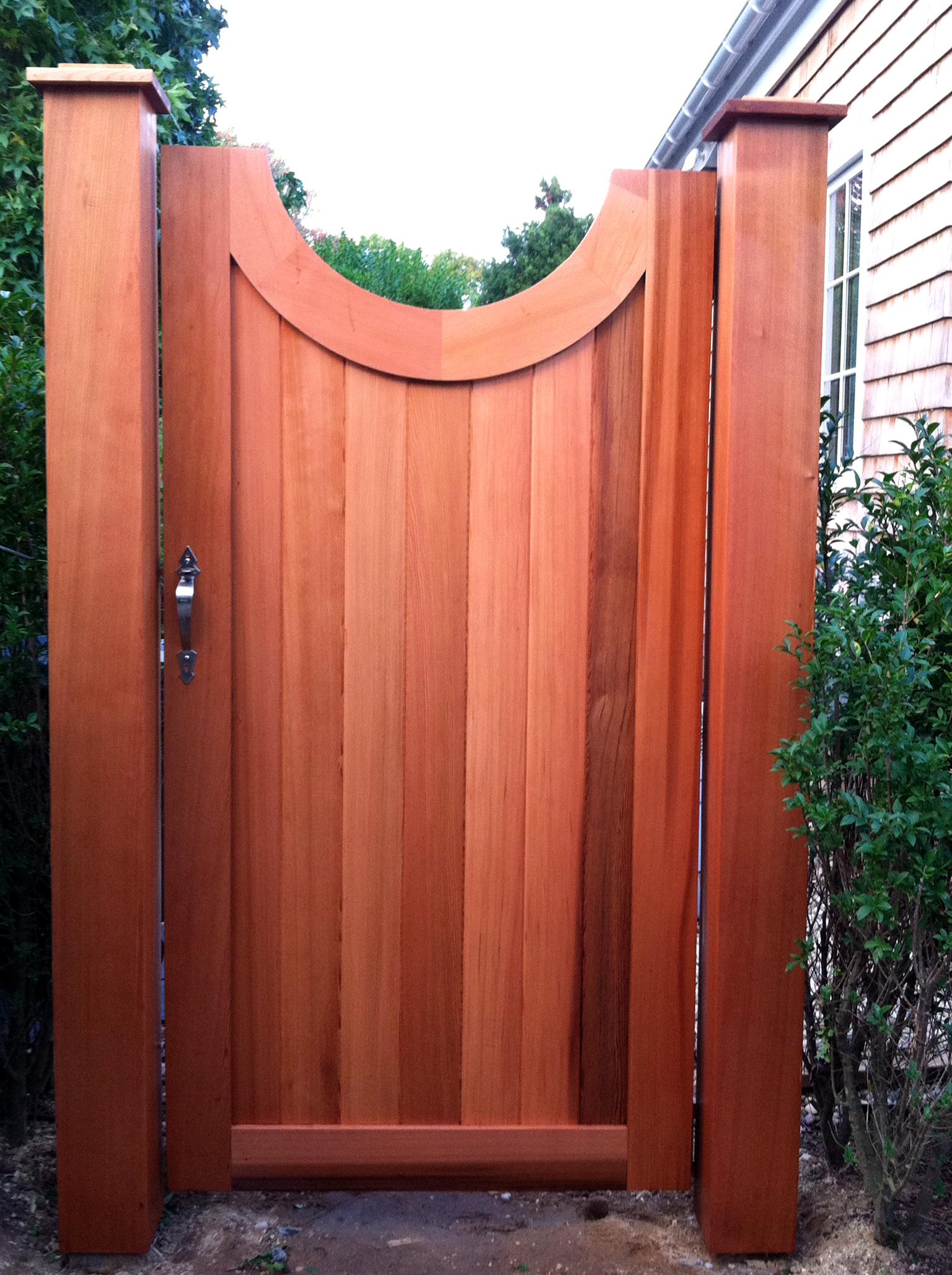 dennis-schorndorf-custom-wood-gate