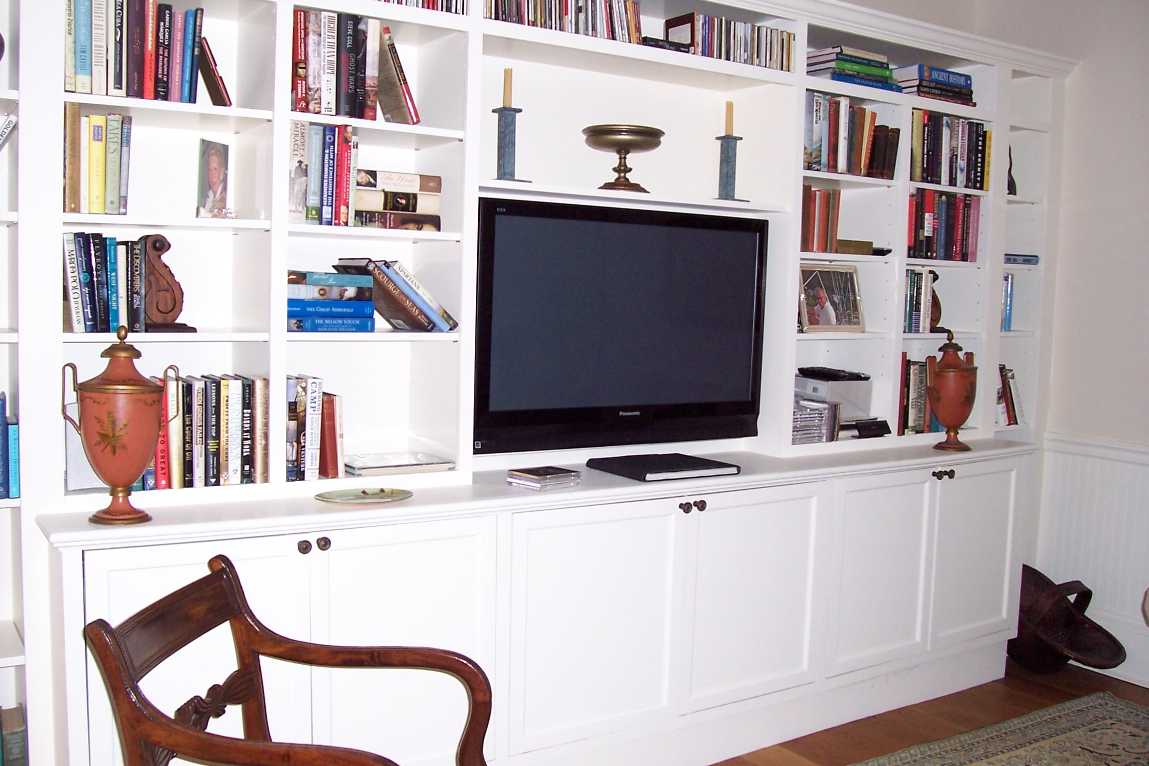 dennis-schorndorf-wall-media-unit-bookcase