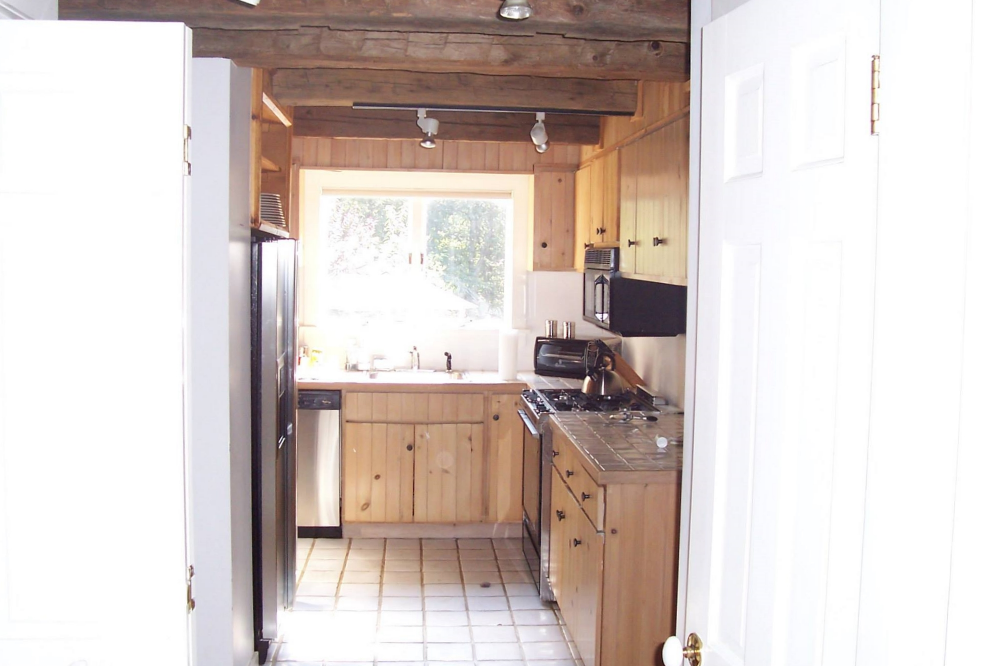 dennis-schorndorf-barn-restoration-kitchen-before