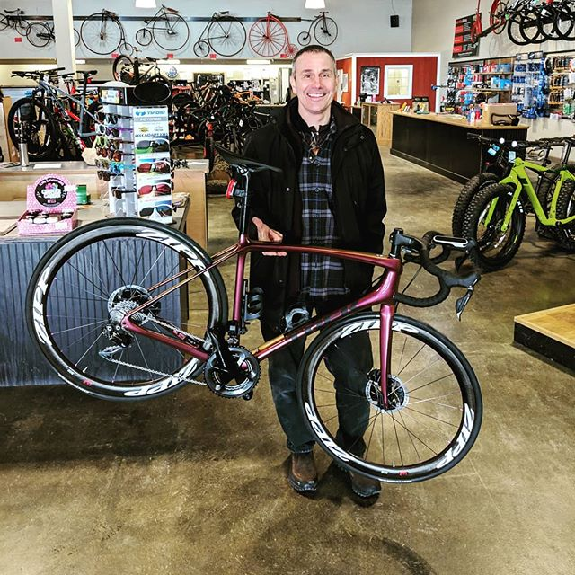 Congrats John on your new @trekbikes Emonda SLR 9! . . . #trekbikes #emonda #timetoride #roadbike #shimano