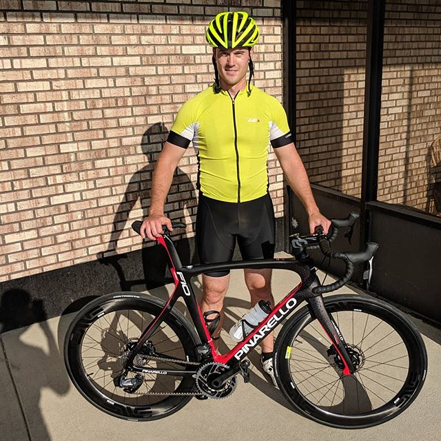 Congrats Will on your new @pinarello_official  F10 with the all new @sramroad AXS 12 speed eTap! . . . . #roadbike #etap #sram #sramaxs #envecomposites #enve #rad #🚴 #newbikeday #timetoride