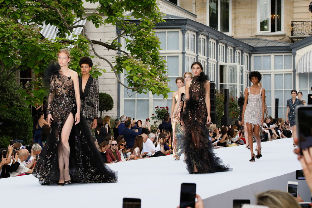 Ralph and Russo Haute Couture Autumn Winter 2019  Source :  Globe Fashion Runway
