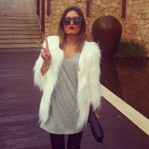 chic_fur_jacket