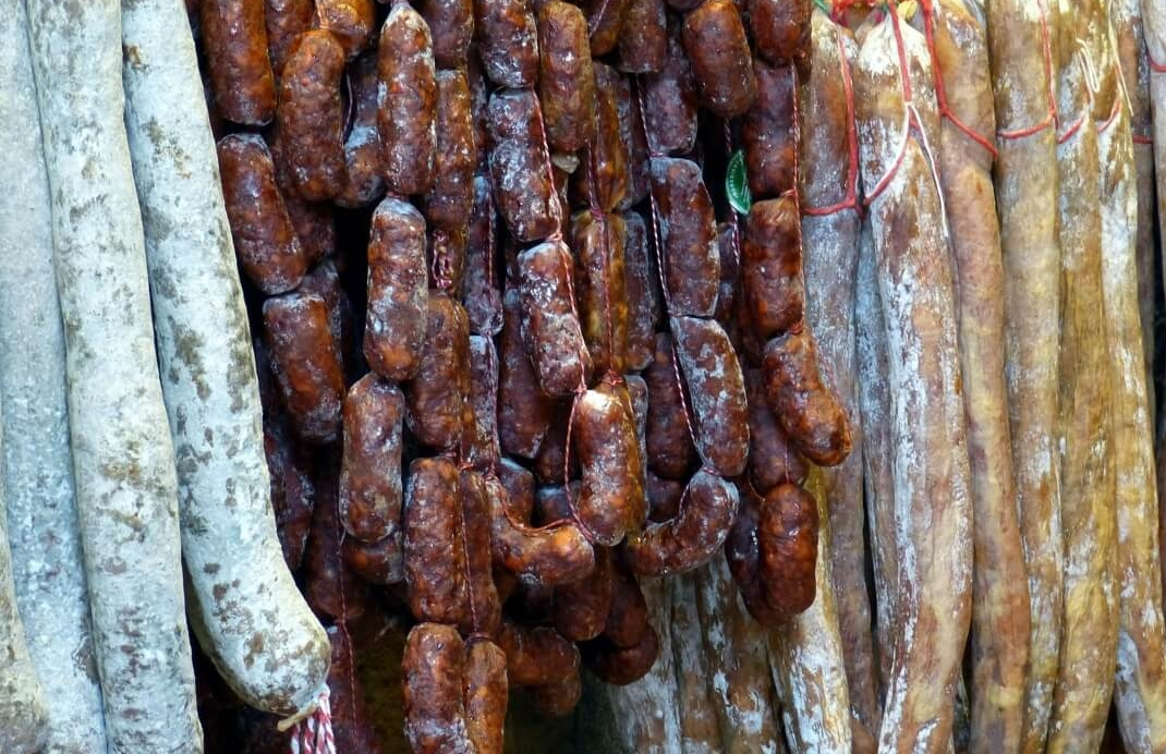 Diversi tipi di salame calabrese
