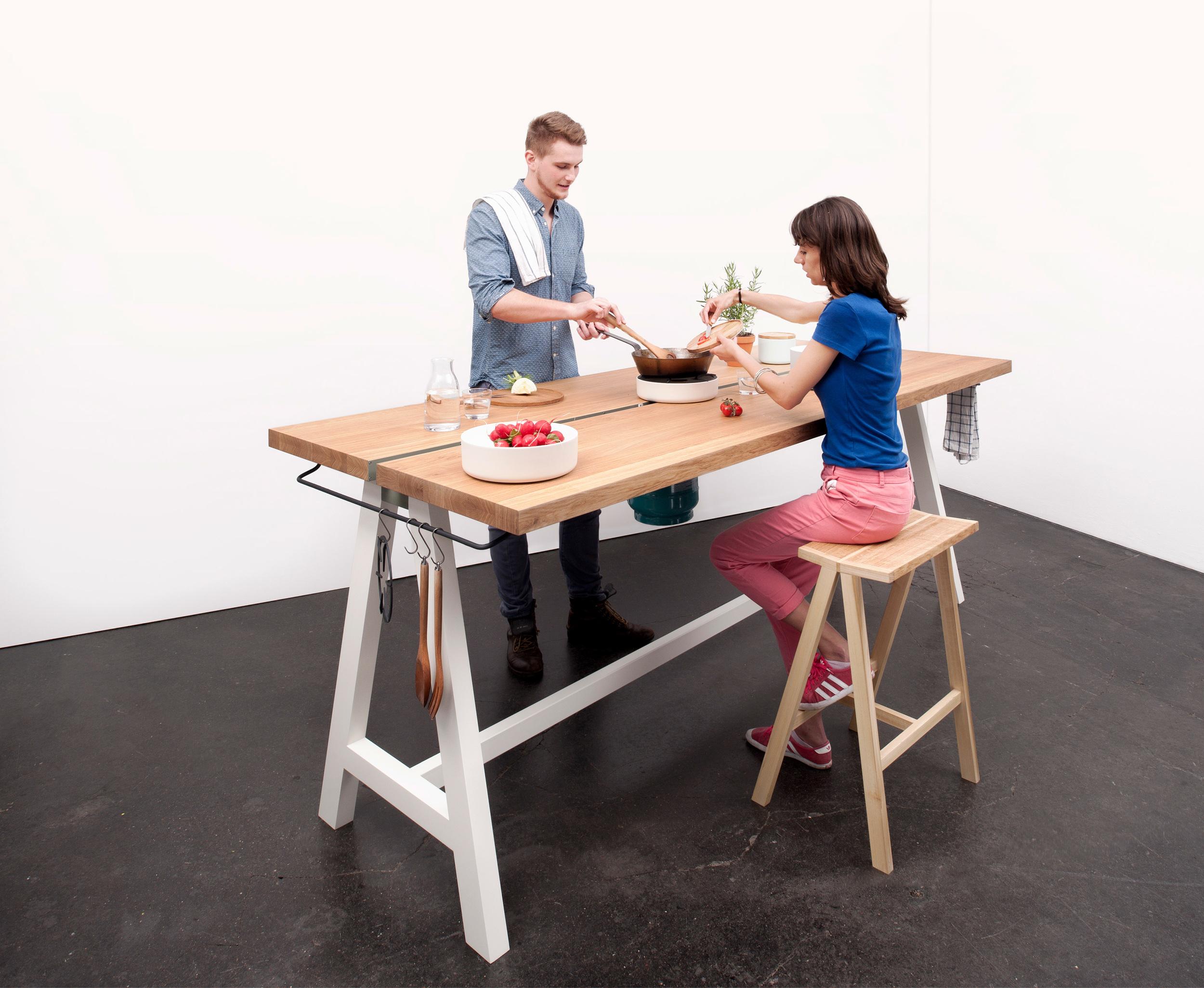 Studio-MoritzPutzier_The-Cooking-Table-01.jpg