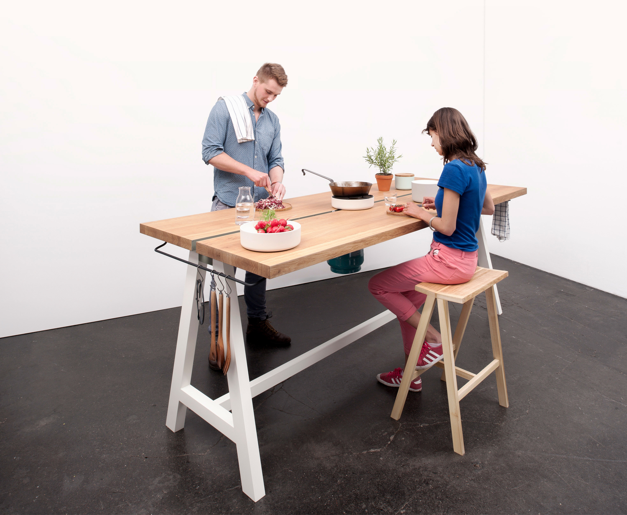 Studio-MoritzPutzier_The-Cooking-Table-15.jpg