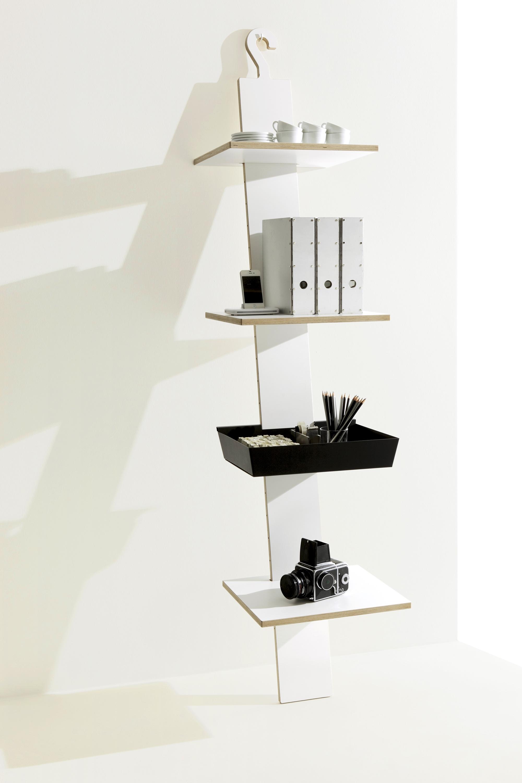 Studio-MoritzPutzier_Mueller_HangUp-standing-shelf-02.jpg