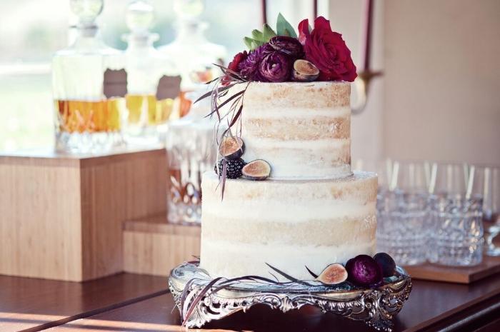 Vendors   Photography:  Claire Barrett     Venue:  Triunfo Creek Vineyards     Coordination: Callista & Co,  Di Lusso Concierge     Stationary:  East Six     Cake:  The Butter End Cakery    