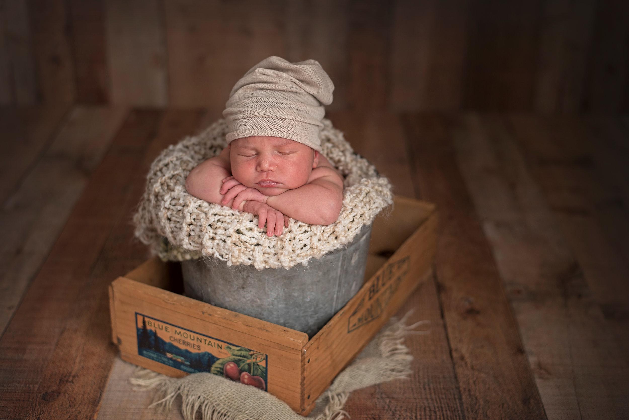 Lonsdale_Newborn_Photographer8.jpg