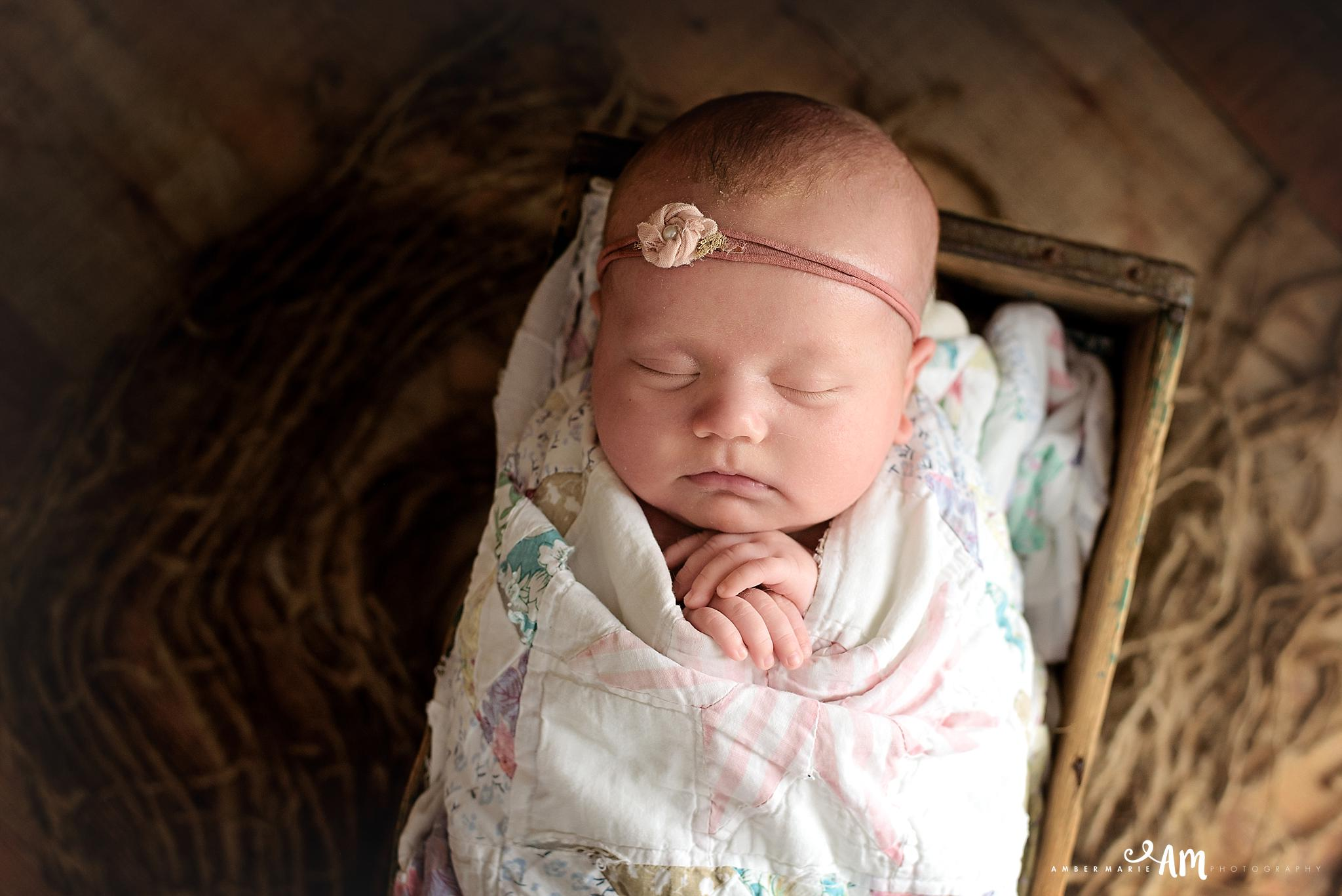 Northfield_Newborn_Photographer8.jpg