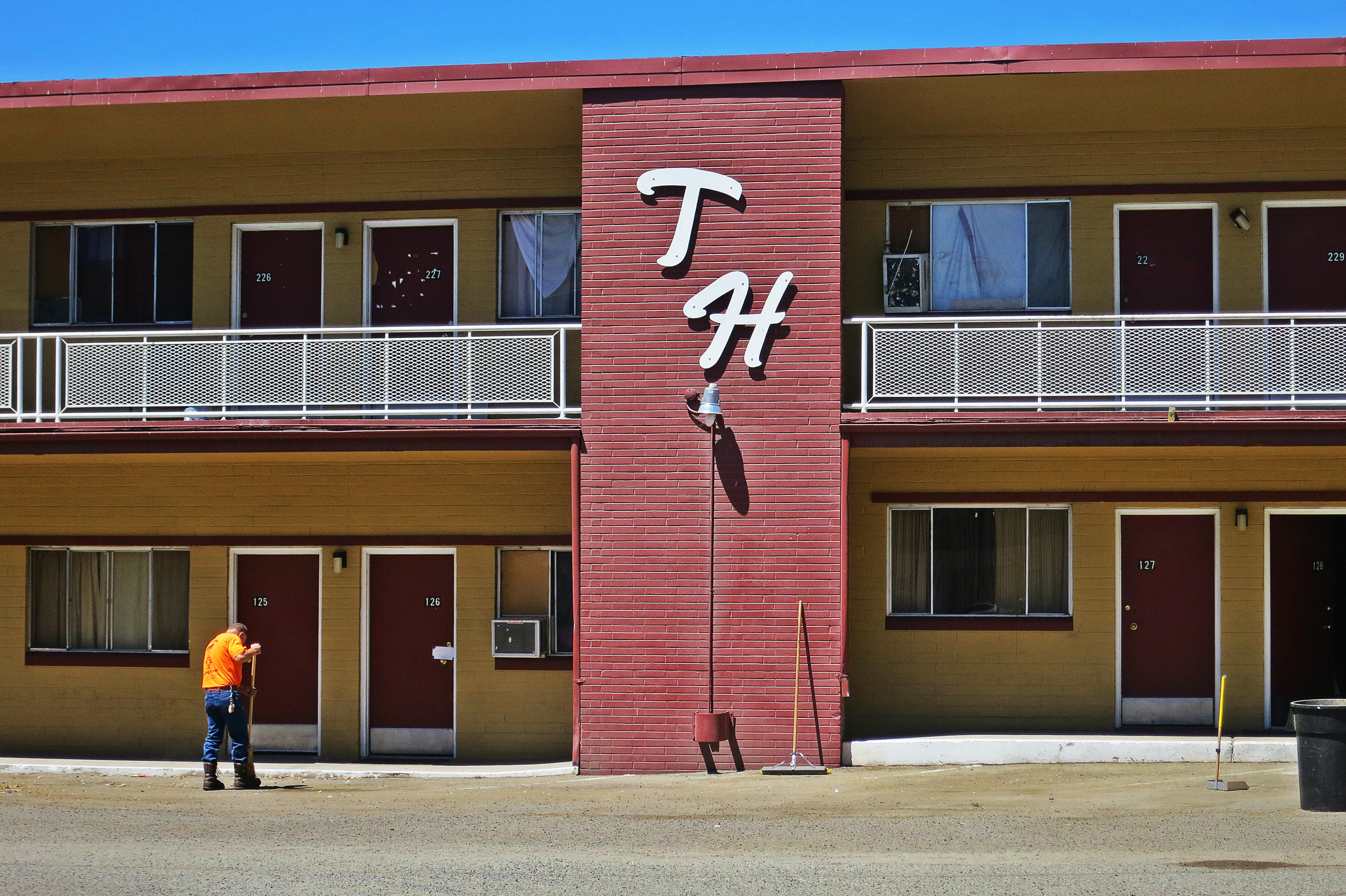 Cleaning day at the Motor Lodge. Photo taken in June 2016.
