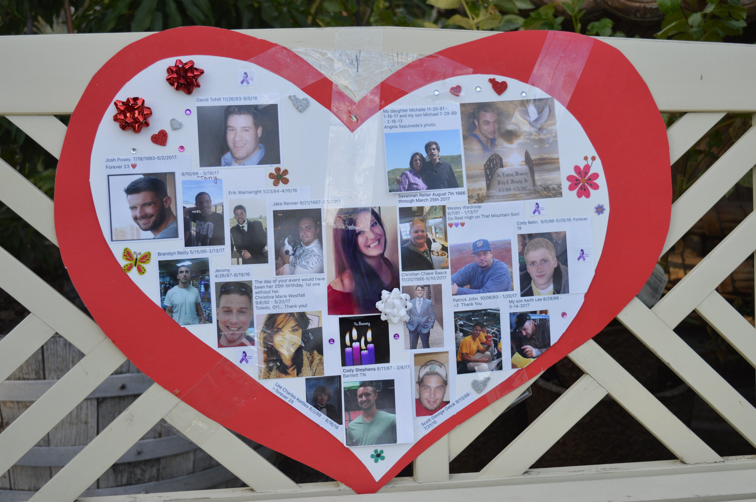 At the event, handcrafted tributes for members of the community killed due to addiction were prominently displayed.