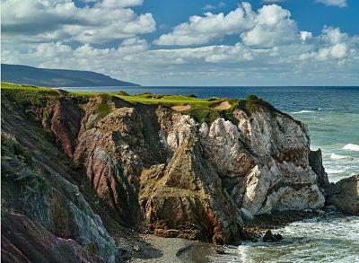 The stunning Cabot Cliffs in Nova Scotia