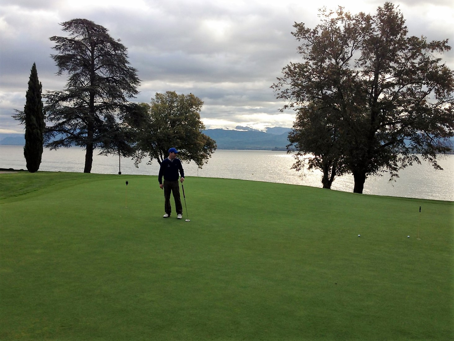 You only really get to see the water at Domaine Imperial from the terrace and putting green!
