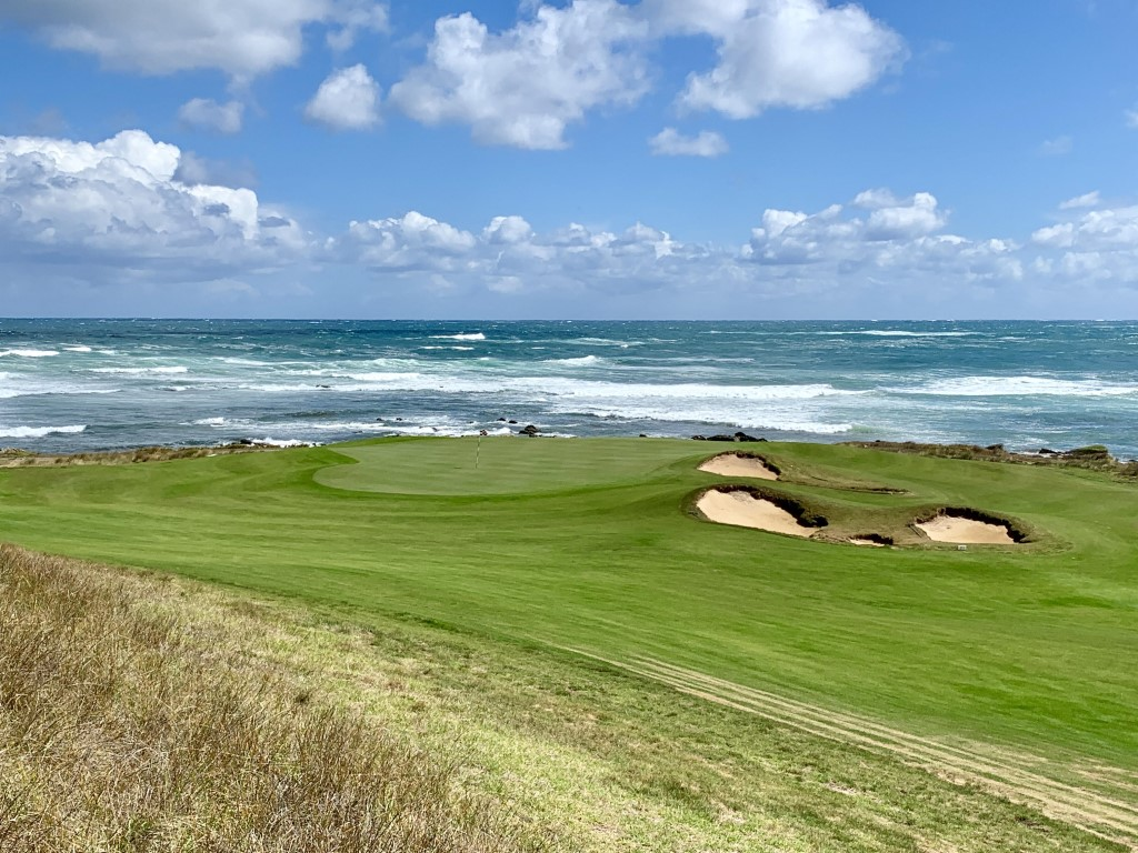 Ocean Dunes in King Island has some truly spectacular golf holes