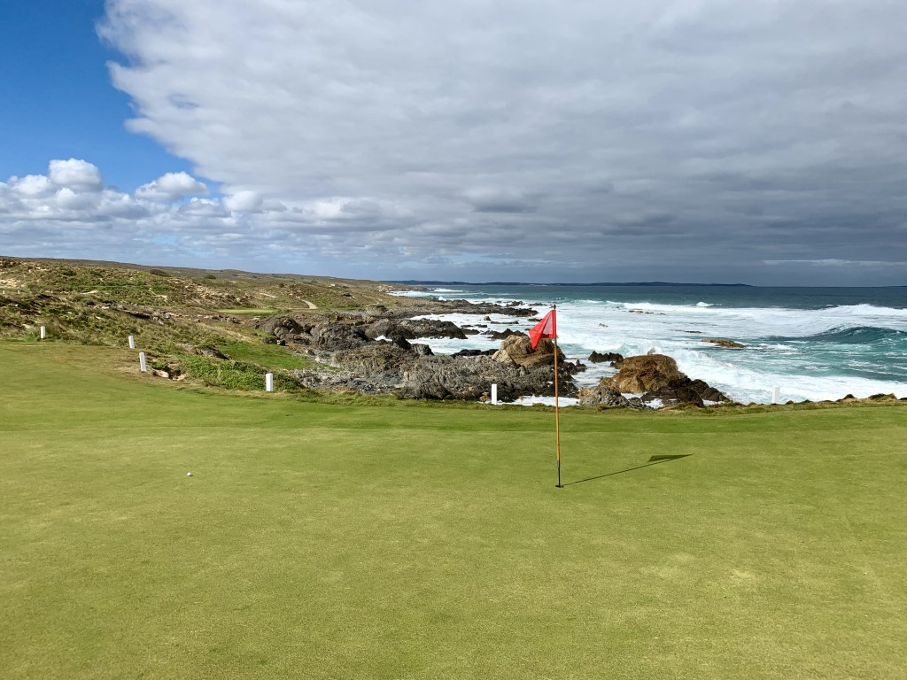 Cape Wickham (8).jpg