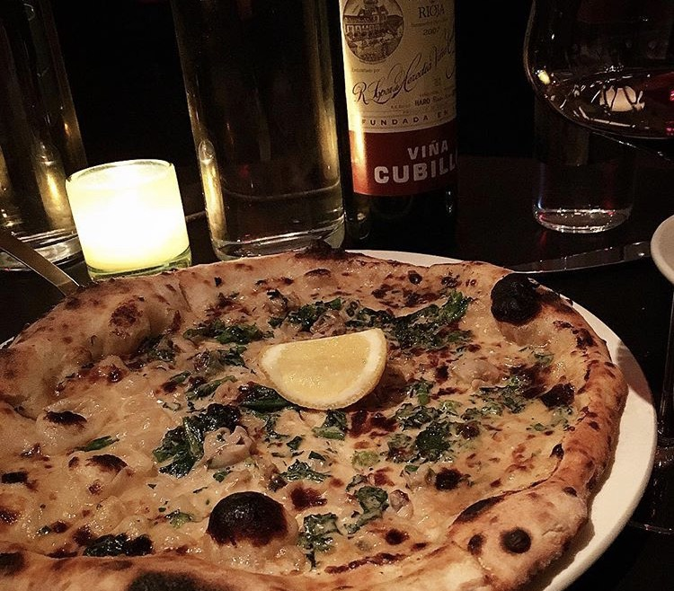 The clam pizza at Pasquale Jones