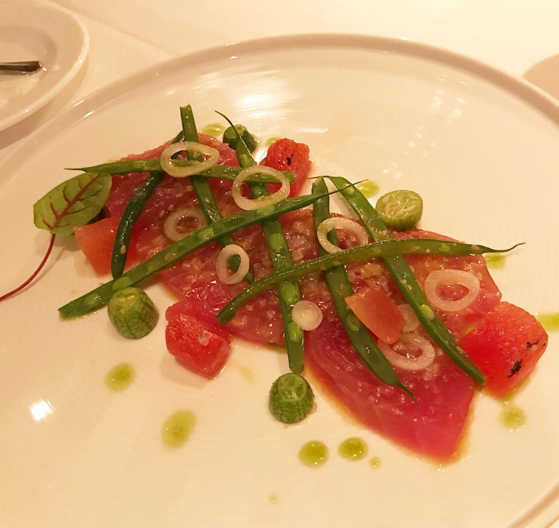 tuna tartare with green beans at Aureole.
