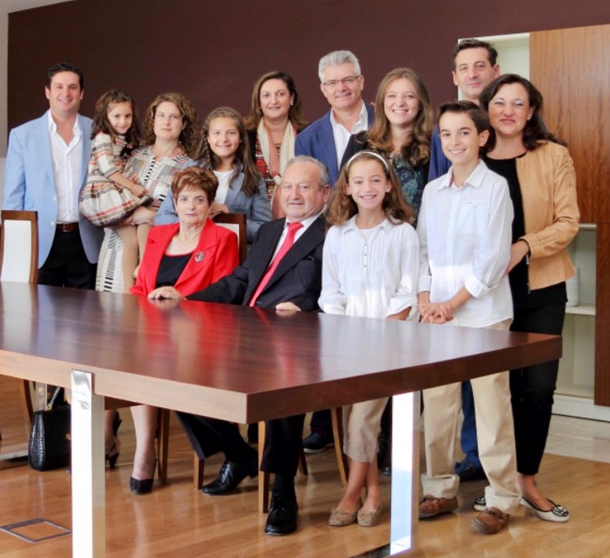 José and Milagros (seated) with their family.