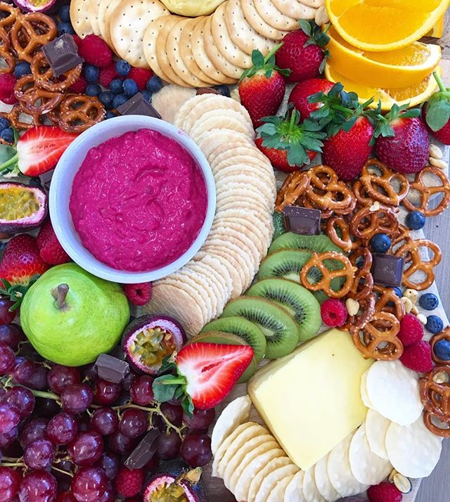 So much goodness! 👌🏼👌🏼 🍐🍉🍓🥝🥕🥒🍇 . . . . . . #vegan #wholefoods #organic #veganfood #rawtill4 #rawfood #nourish #nutrition #healthyfoodshare #veggies #glutenfree #dairyfree #veganfoodshare #foodie #foodisfuel #vegansofig #superfood  #falafel #sugarfree #veganfoodshare #jerf #feedfeed #food52 #onmytable #healthy #eats #cleaneating #cleaneats #veganrecipes #vegansofinstagram #plantbased