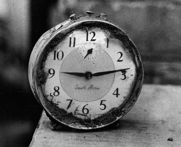 An image of a Pantglas Junior School clock stopped at 9:13am, the moment the disaster occurred.