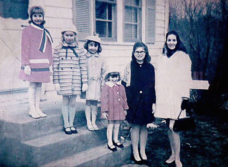 The-Conjuring-The-True-Story-of-the-Perron-Family-Haunting.jpg