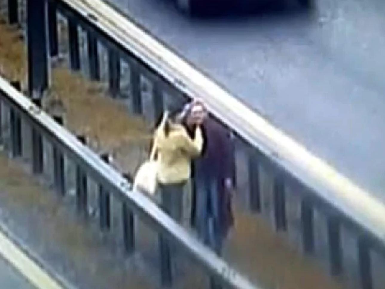 Ursula and Sabina Eriksson captured on CCTV, 17 May 2008