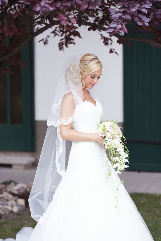Brautfrisur mit Schleier