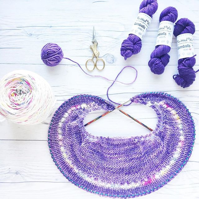 "Next FLOTUS shawl is on the needles! This was from a few days ago, but she's steadily progressing. 😍 I love love this pattern!! 💜🌸 Pattern: FLOTUS Shawl by @shannonsq Yarn:  Victory Sock in ""Pillbox Hat"" by @knittedwit 💜🌸 #craftsposure #knittersofInstagram #knit #shareyourknits #knitlove #instaknit #creativelifehappylife #craftcolourmyday #abmlifeisbeautiful #abmcrafty #yarnlove #knittingaddict #craftastherapy #wip #ourmakerlife #makersgonnamake #knitsharelove"