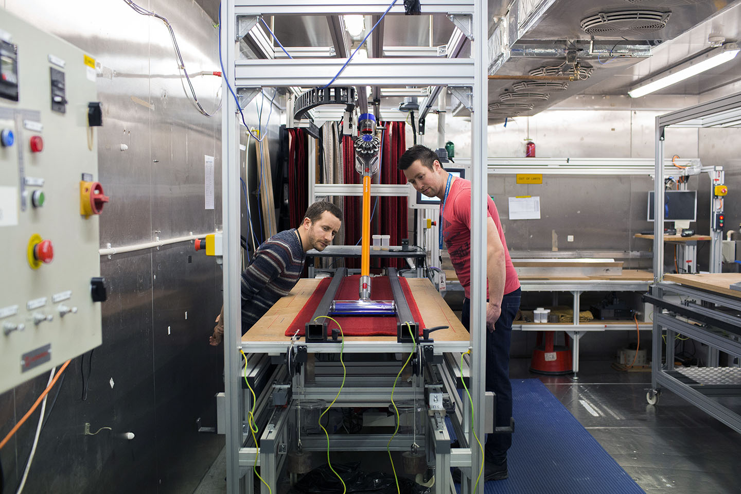 The pick up chamber, where the Dyson vacuum is tested.