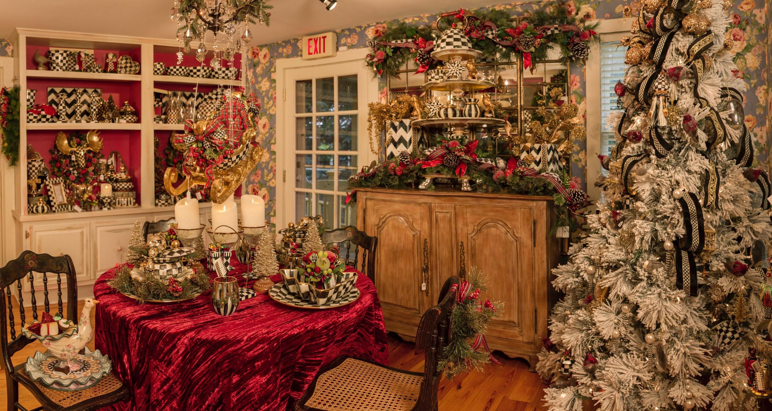 fhbc-dining-room-panorama001.jpg