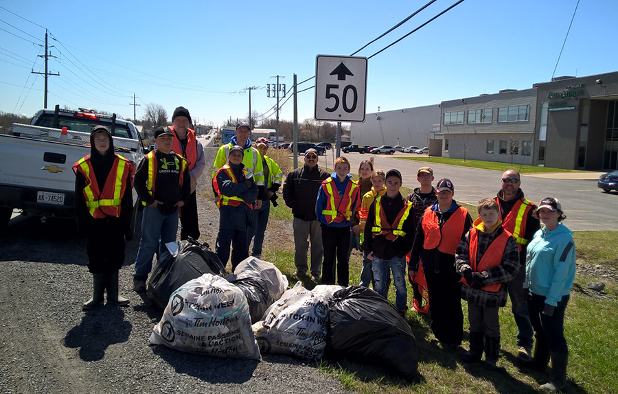 23 April 2016: Some of our squadron were out cleaning our section of Adopt-A-Road we share with the Legion and cleaned up around the Legion building. On this picture are cadets Provençal, Diraddo, Rimann, DeSerres, Dittli, Vander Byl, A., Penner, K., Anderson, Robert, Larosa, D., Pilon, Vander Byl, R. and  staff Capt. Léger, S.Lt. Holla and volunteers Mr. Provençal, (a former 379 WO1) Mrs. Alexandrine Léger and Mr. Bauer.