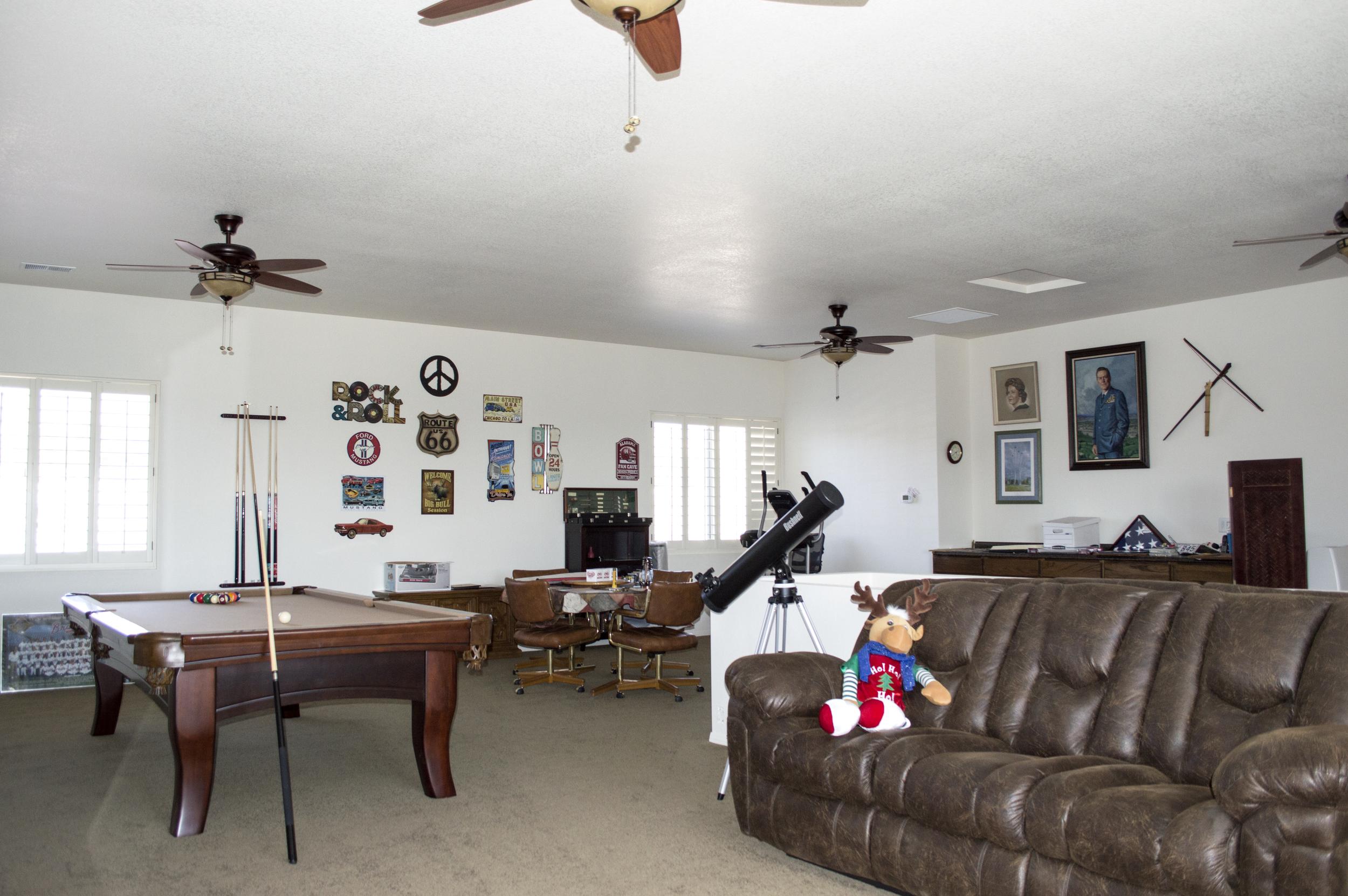Living room of a residential custom home near Flagstaff, Arizona.