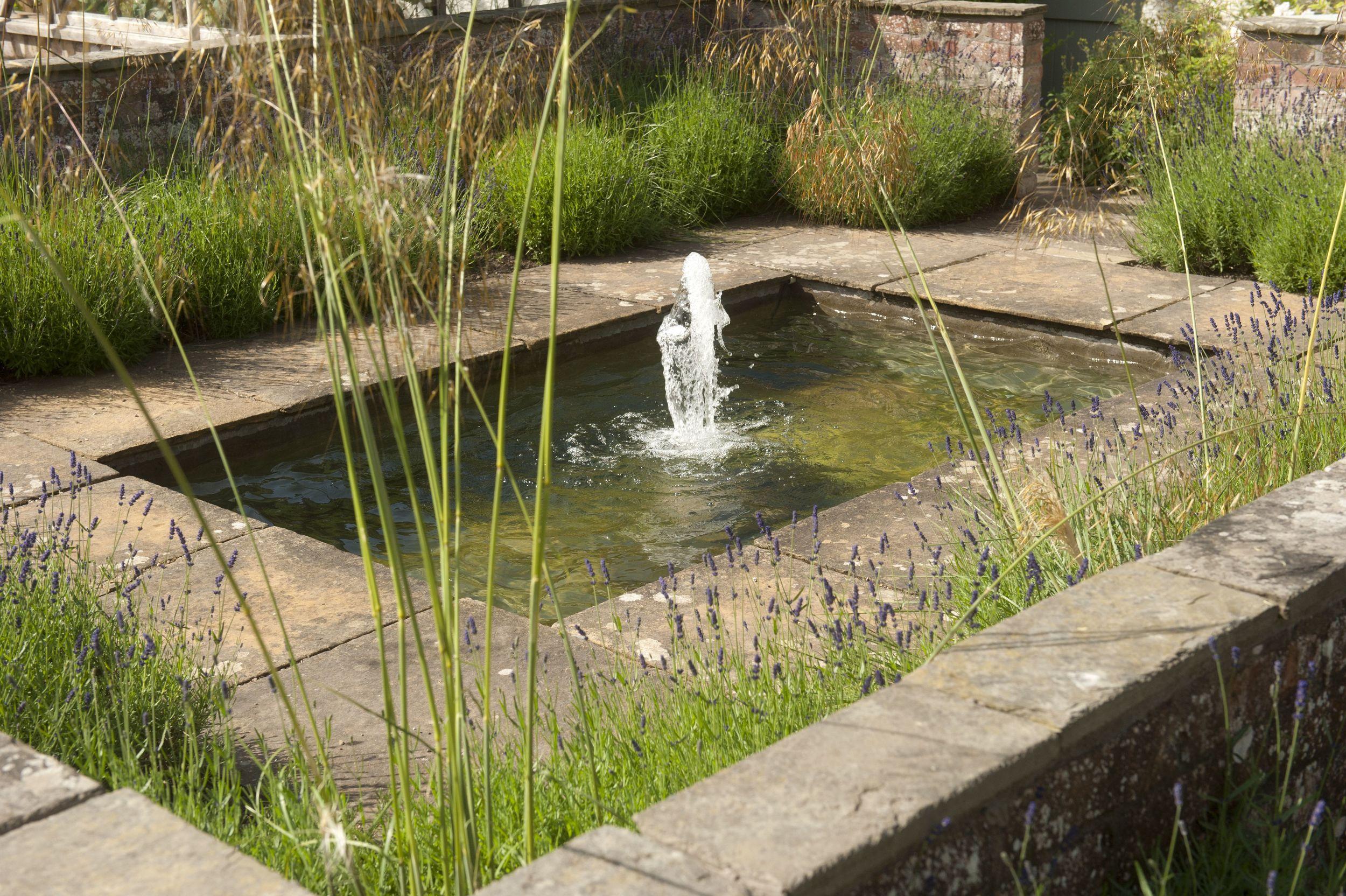 795 kemback gardens 2013.jpg
